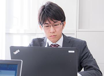 システムソリューション事業部 R.K